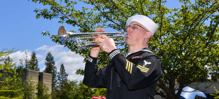 A Haunting Version of TAPS at the Tomb of the Unknown Soldier…for Memorial Day!